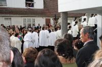 Kirkevigsel - nøkkel er overlevert og prosesjonen starter