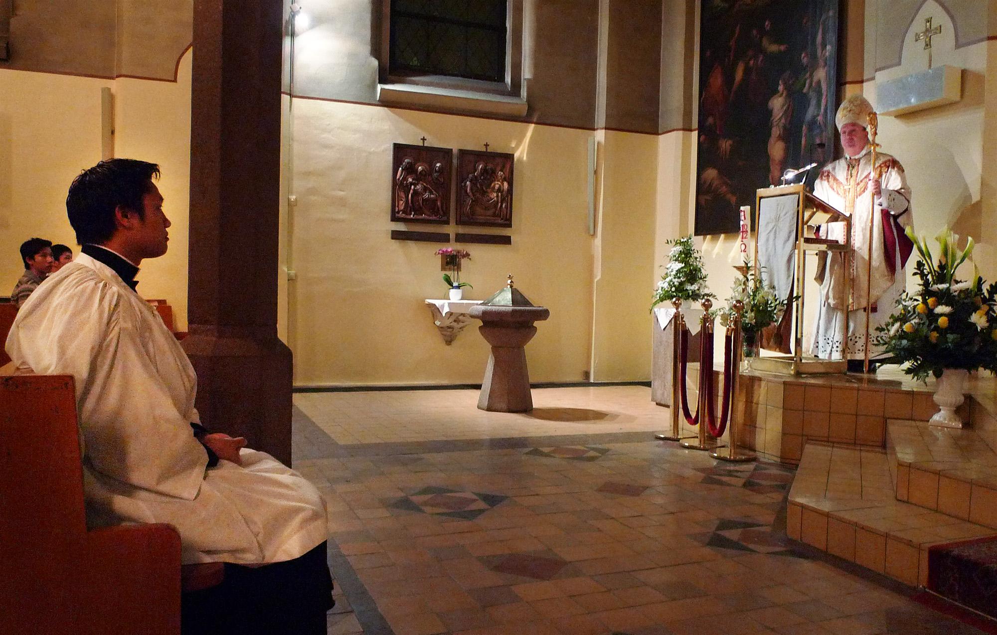 Biskop Bernt preker blant annet om hva lektoratet innebærer (Foto: Henriette Teige)